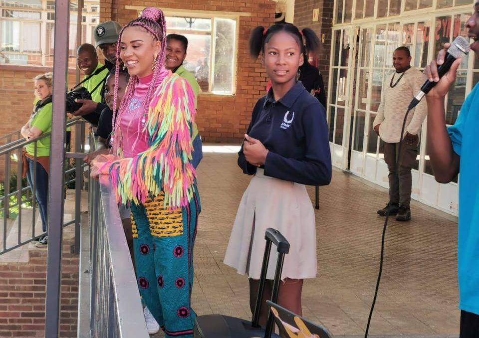 Sho Madjozi Surprises Young Fans At SPARK Bramley With Impromptu Visit