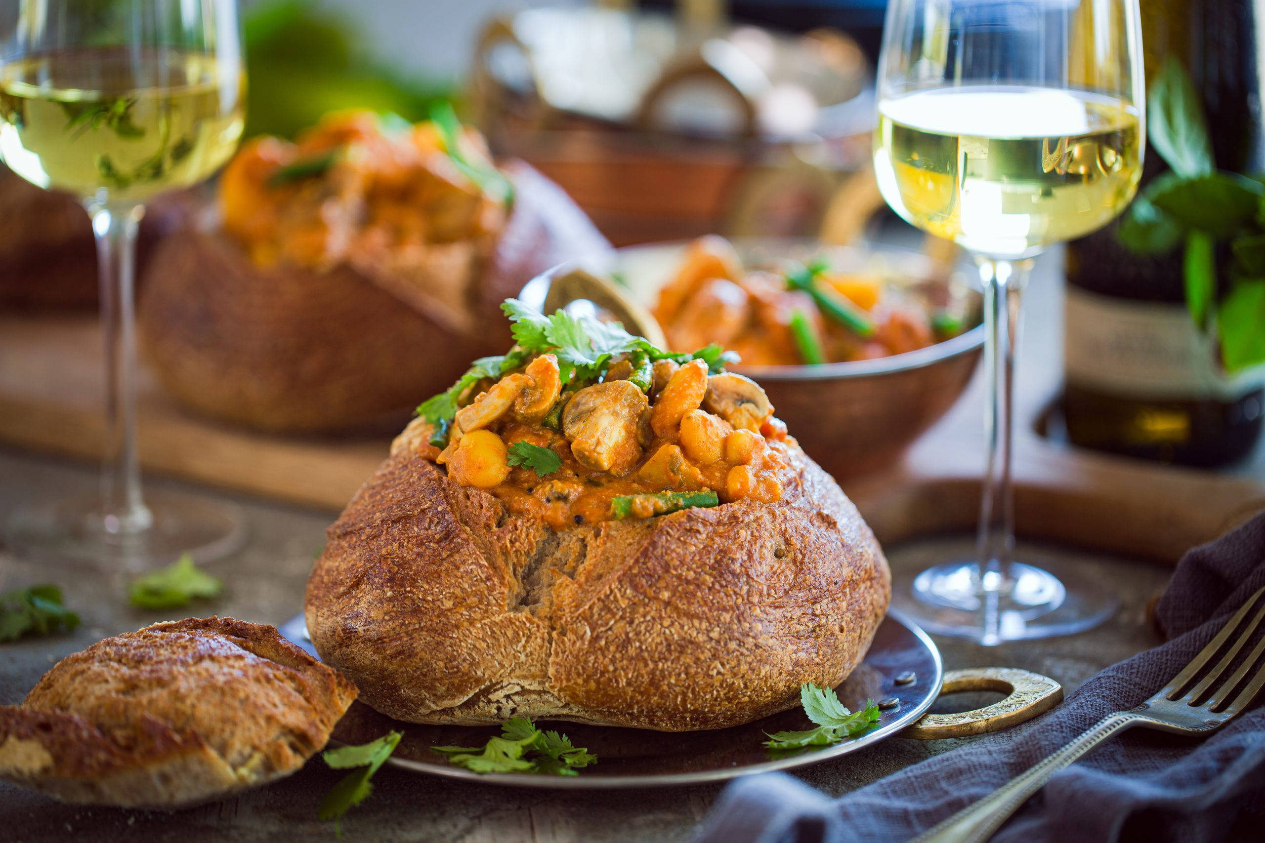 [FOOD] Mushroom Bunny Chow Paired with Paul Cluver Riesling – Recipe